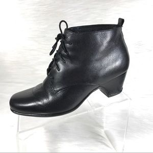 Clarks Artisan Ankle Boots Lace Up Black Size 9W